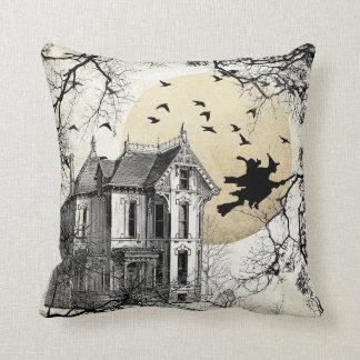 Almohada de la bruja de Halloween de la casa
