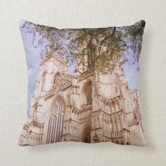 Almohada de la iglesia de monasterio de York