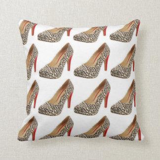 Almohada de la moda de la diva del zapato del leop