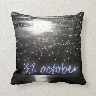 almohada de la noche de 31's octubre
