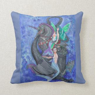 Almohada de la sirena y del Merman con unicornio y