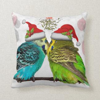 Almohada de las abrazos del navidad