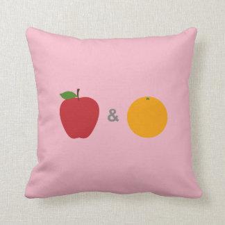 Almohada de las manzanas y de los naranjas