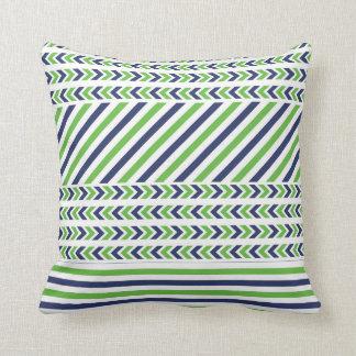 Almohada de las rayas de la verde lima y de azules