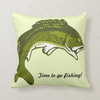 Almohada de salto de la pesca de la lubina