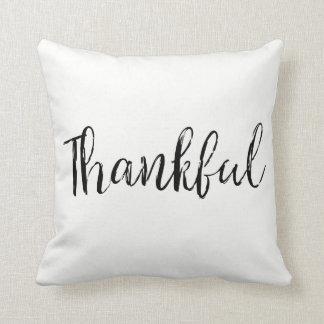Almohada de tiro agradecida