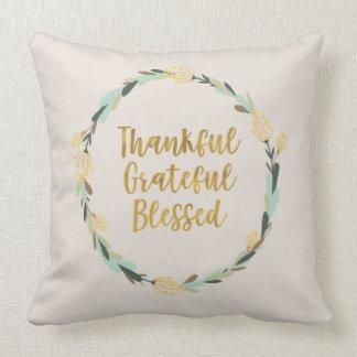 "Almohada de tiro ""agradecida, agradecida,"