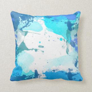 Almohada de tiro azul de la acuarela