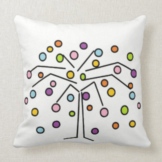 Almohada de tiro colorida del diseño del árbol de