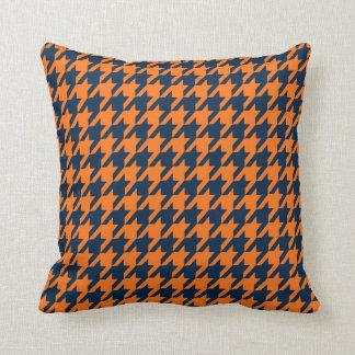 Almohada de tiro de Houndstooth del naranja/de la