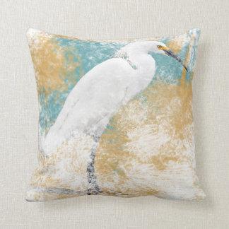 Almohada de tiro del Egret nevado el   - Coastal y