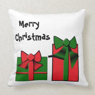 Almohada de tiro del presente de navidad