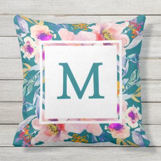 Almohada de tiro elegante del trullo floral