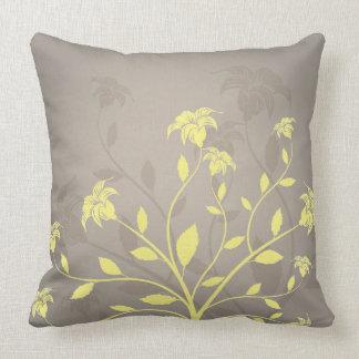 almohada de tiro floral del color de encargo