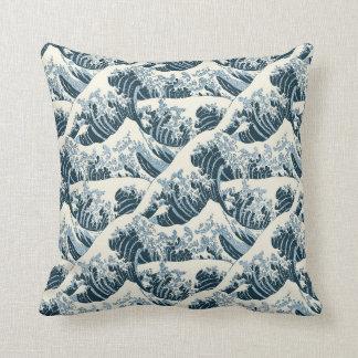 Almohada de tiro - la onda de Hokusai