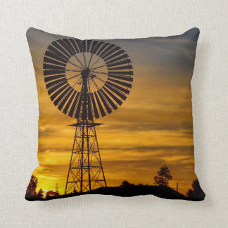Almohada de tiro - puesta del sol del molino de