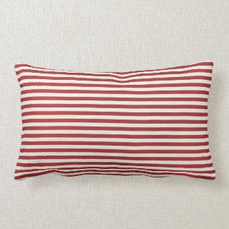 Almohada de tiro roja de la raya