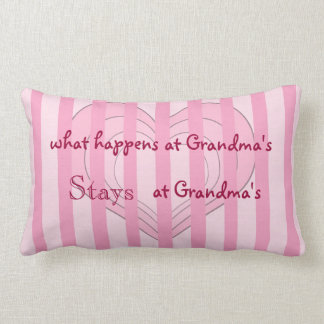 Almohada de tiro rosada de la abuela de los