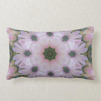 Almohada de tiro rosada imponente de la mandala de