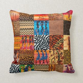 Almohada de tiro temática del modelo tribal