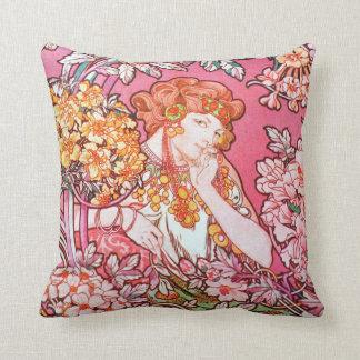 Almohada de tiro virginal floral de Nouveau del