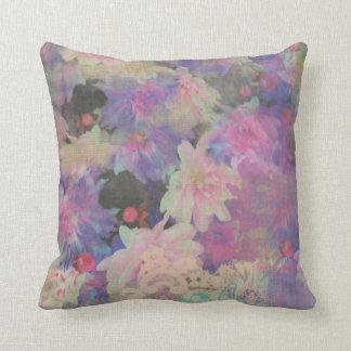 almohada decorativa de la flor hermosa colorida