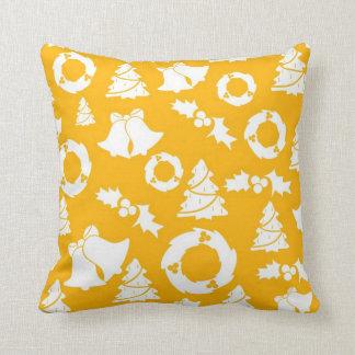 Almohada del amarillo de la decoración del navidad
