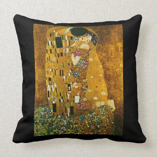 """Almohada del arte """"del beso"""" de Gustavo Klimt"""