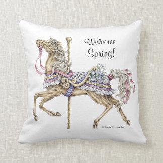 Almohada del dibujo del caballo del carrusel de la