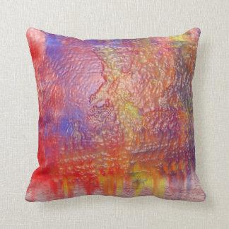 Almohada del diseño del color del arco iris