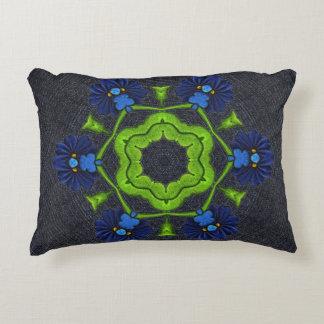 Almohada del dril de algodón con diseño del