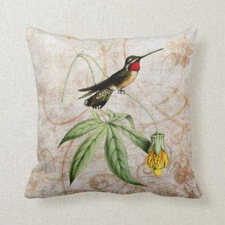 Almohada del Grunge del vintage del colibrí de la