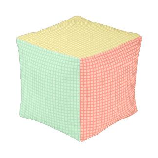 Almohada del taburete del cubo del modelo de la