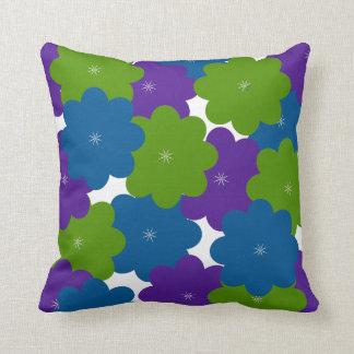 Almohada floral de la púrpura, verde y azul de la