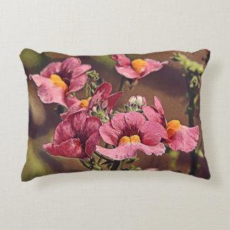 Almohada hermosa de la flor