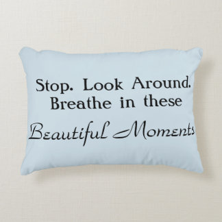 Almohada hermosa del acento del recordatorio