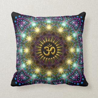 Almohada ligera curativa del símbolo de OM de la