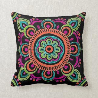 Almohada mexicana brillante del diseño del cordón