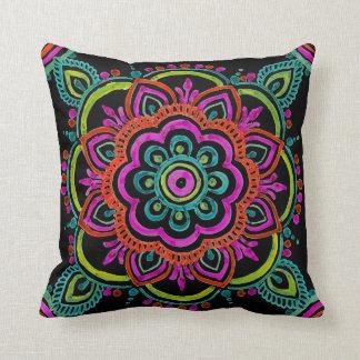 Almohada mexicana del diseño floral del vintage