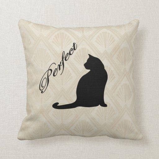 Almohada neutral linda perfecta del fondo del gato
