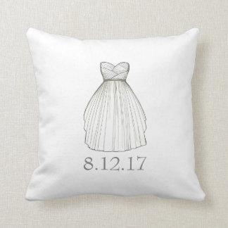 Almohada nupcial del vestido de la fecha del boda