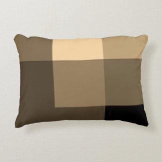 Almohada oscura del acento de las sombras de Brown