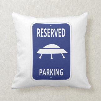 Almohada reservada del estacionamiento