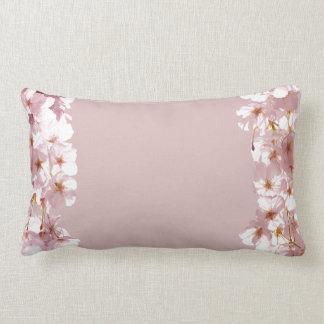 Almohada rosada de la flor blanca de la almohada d