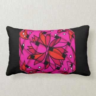 Almohada tejida de la flor