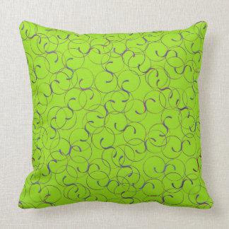 Almohada verde clara de los Flourishes