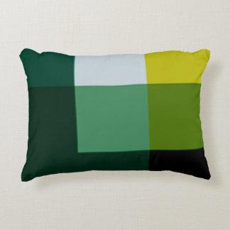 Almohada verde del acento del multicolor del pino