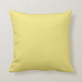 Almohadas de tiro decorativas pálidas, amarillas