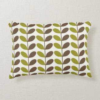Almohadas verdes del acento del modelo del follaje