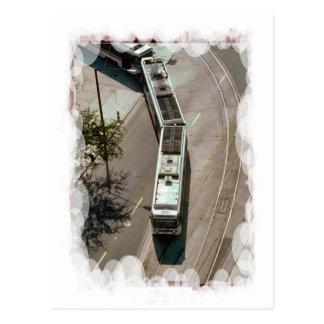 Alrededor de la curva con una tranvía postales
